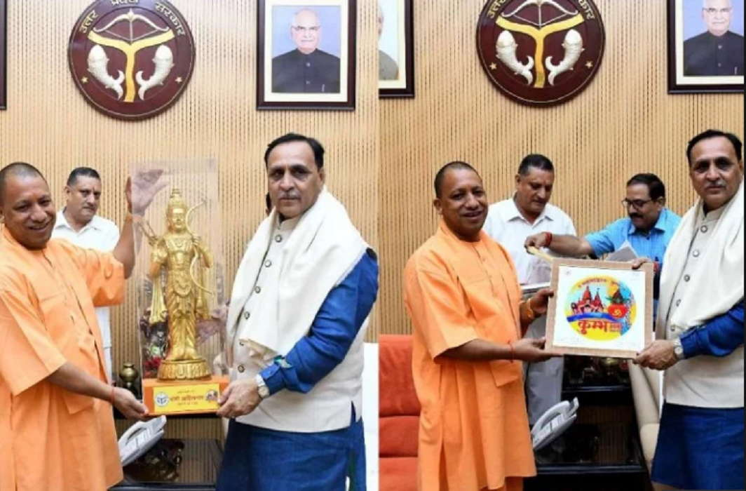 Gujarat CM Vijay Rupani meets CM Yogi and gave trust of security of up people
