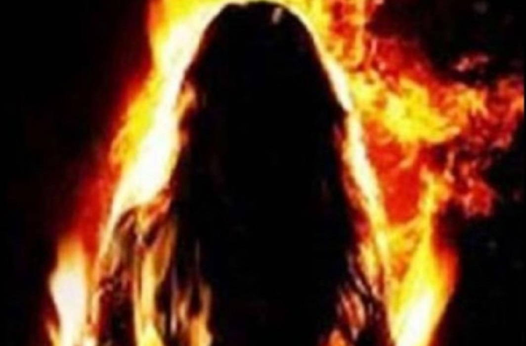 Tuglki Decree Of Panchayat said burnt alive to accused uncle with Rape victim child