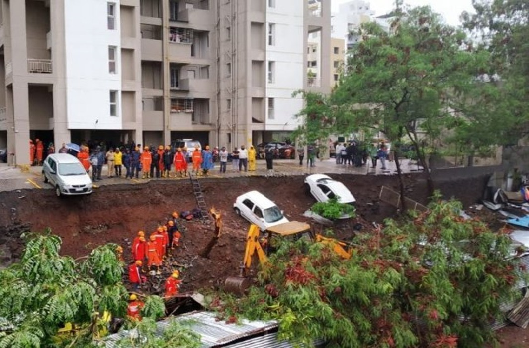15 people have died in Kondhwa wall collapse incident.
