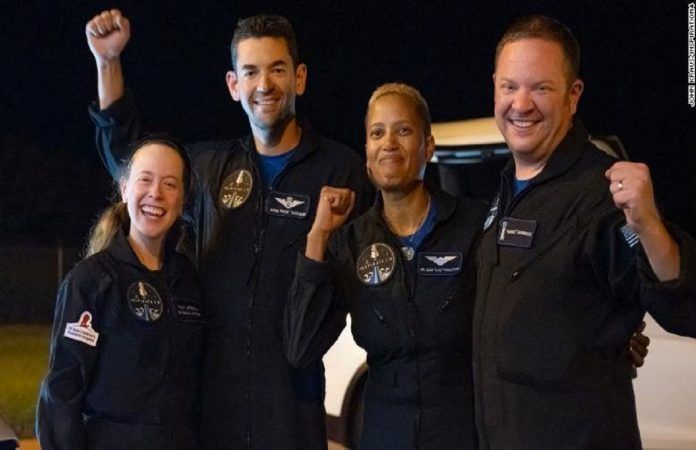 4 civilians returned safely from spaceX mission