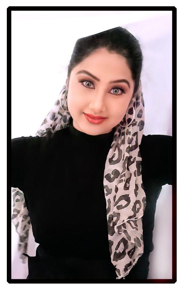 divya bharti7