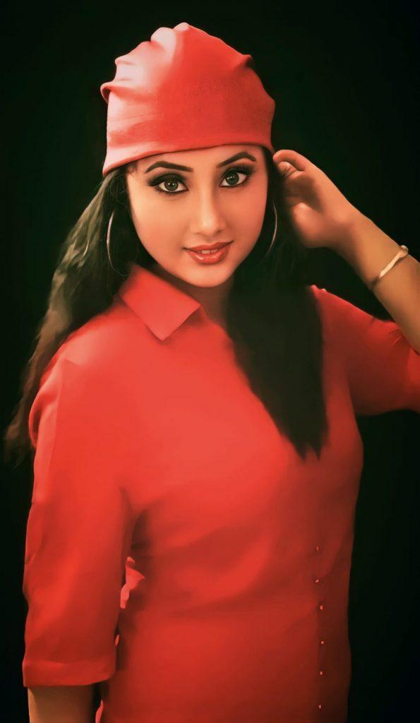 divya bharti 5